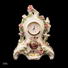 لمونژ سفید ساعت رومیزی